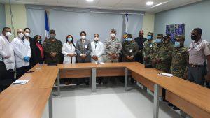 Hospital Cabral y Báez introduce cambios departamento seguridad militar hospitalaria.